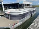 26 ft. Sundancer Pontoons 260D Legend Pontoon Boat Rental Dallas-Fort Worth Image 3