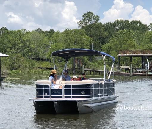 Rent a Berkshire Pontoons pontoon in Fairhope, AL near me