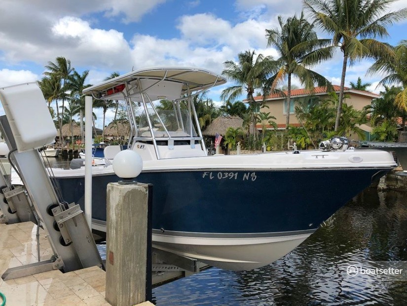 Rent a Pro-Line Boats center console in Fort Lauderdale, FL near me