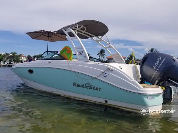 Rent a NauticStar Boats cruiser in North Miami Beach, FL near me