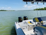 35 ft. Donzi Marine 35 ZF Center Console Boat Rental Dallas-Fort Worth Image 3