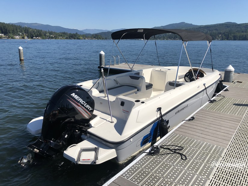 Rent a Bayliner bow rider in Bellingham, WA near me