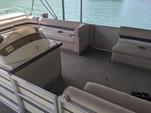 25 ft. Crest Pontoons 25 Crest III Sundecker Pontoon Boat Rental Austin Image 3