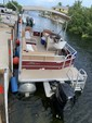 20 ft. Sun Tracker by Tracker Marine Party Barge 18 DLX Signature w/60ELPT 4-S Pontoon Boat Rental The Keys Image 7