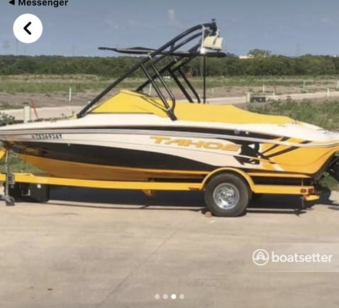 Rent a Tahoe by Tracker Marine bow rider in Rockwall, TX near me