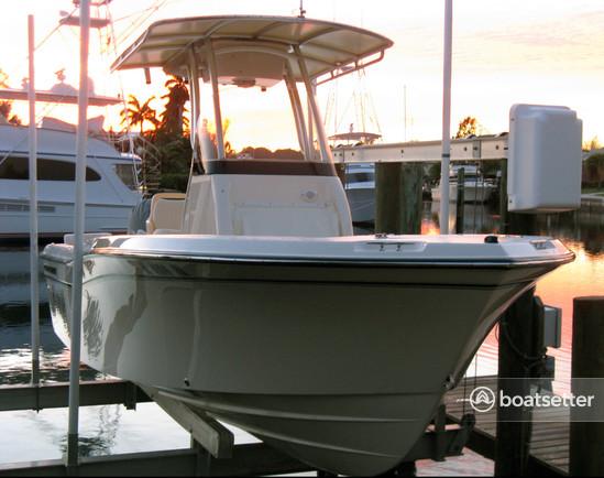 Rent a Grady-White Boats center console in Key Largo, FL near me
