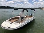 20 ft. Stingray Boats 192 Deck Boat Boat Rental Dallas-Fort Worth Image 3