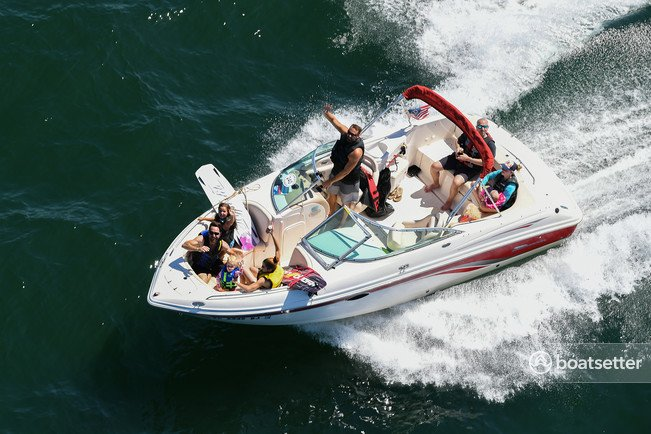 Rent a Chaparral Boats bow rider in Anderson, SC near me