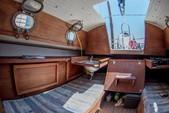 23 ft. Hutchins Compaq 23/3 Classic Boat Rental Portland Image 5