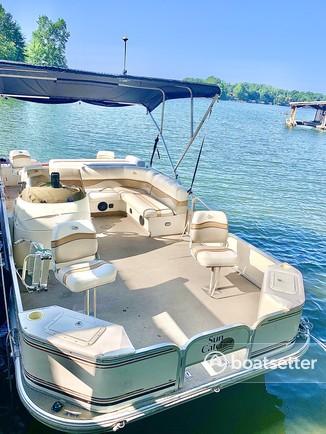 Rent a SunCatcher/G3 Boats pontoon in Clover, SC near me