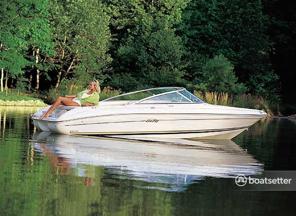 Rent a Sea Ray Boats bow rider in Loves Park, IL near me
