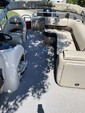 22 ft. Sun Tracker by Tracker Marine Fishin' Barge 20 DLX w/90ELPT 4-S Pontoon Boat Rental Sacramento Image 6