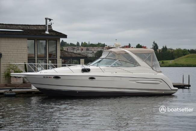 Rent a Maxum motor yacht in Long Beach, CA near me