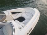 21 ft. Bayliner 2050 LX Capri BR  Bow Rider Boat Rental Austin Image 6