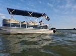 20 ft. Lowe Pontoons SS210 Mercury Pontoon Boat Rental N Texas Gulf Coast Image 8