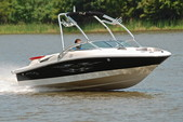 20 ft. Sea Ray Boats 195 Sport BR  Bow Rider Boat Rental Dallas-Fort Worth Image 4