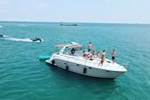 45 ft. Rinker Boats 420 Express Cruiser Cruiser Boat Rental Chicago Image 19