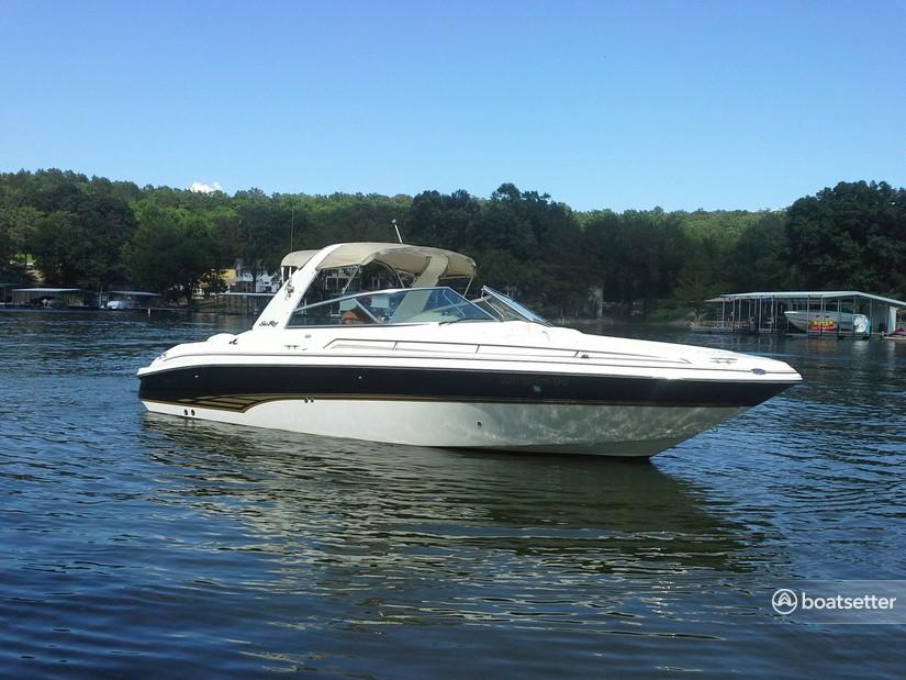 Rent a Sea Ray Boats bow rider in Piermont, NY near me