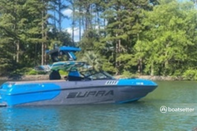 Rent a Supra by Skiers Choice ski and wakeboard in Mooresville, NC near me