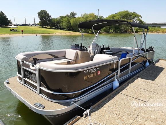 Rent a SunCatcher/G3 Boats pontoon in Little Elm, TX near me