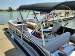23 ft. SunCatcher/G3 Boats V322F/C Vinyl w/F150LA Pontoon Boat Rental Dallas-Fort Worth Image 4