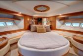 68 ft. azimut  fly bridge  Flybridge Boat Rental Miami Image 4