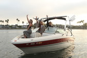 21 ft. Sea Ray Boats 200 Bow Rider  Bow Rider Boat Rental Los Angeles Image 7
