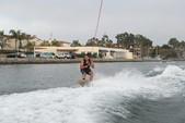 21 ft. Sea Ray Boats 200 Bow Rider  Bow Rider Boat Rental Los Angeles Image 12