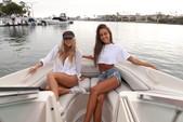 21 ft. Sea Ray Boats 200 Bow Rider  Bow Rider Boat Rental Los Angeles Image 17