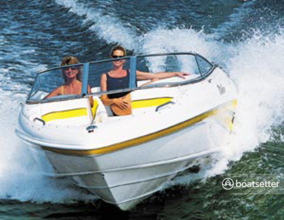 Rent a Rinker Boats bow rider in Davenport, FL near me