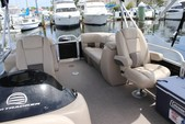 26 ft. Sun Tracker by Tracker Marine Party Barge 24 XP3 w/150ELPT 4-S Pontoon Boat Rental Miami Image 8