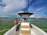 21 ft. Mako Marine 212 W/225XL 4-S Center Console Boat Rental West FL Panhandle Image 11