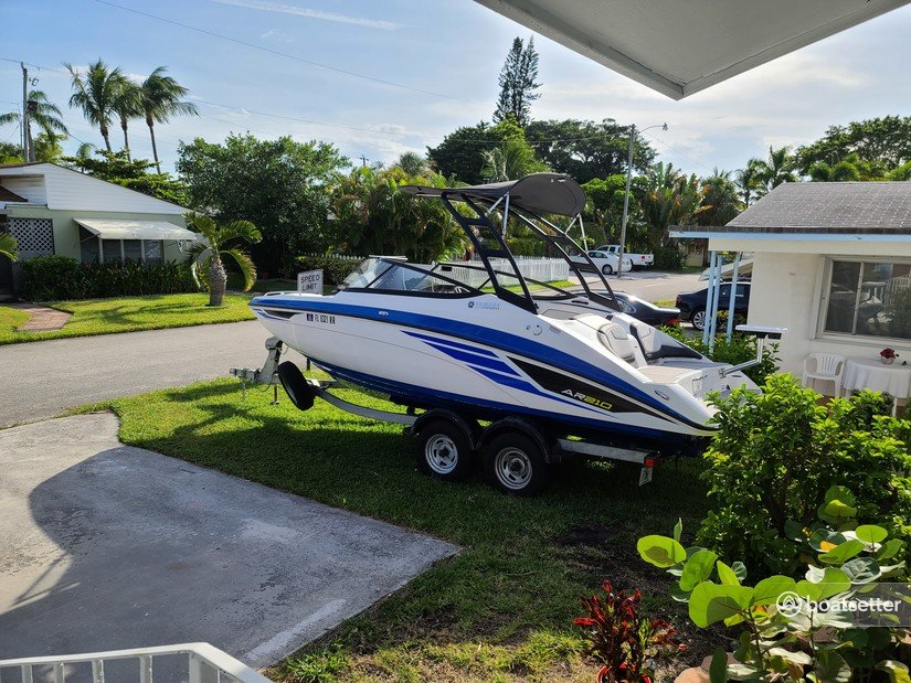 Rent a Yamaha bow rider in Riviera Beach, FL near me
