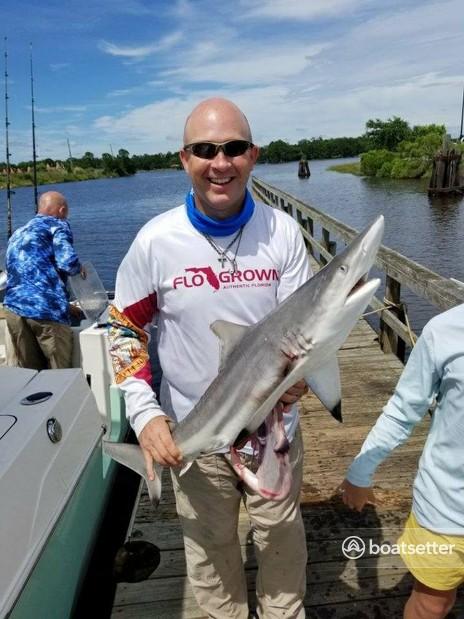 Rent a Sun Tracker by Tracker Marine pontoon in Lehigh Acres, FL near me