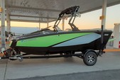 20 ft. HeyDay WT-1 Ski And Wakeboard Boat Rental Dallas-Fort Worth Image 4