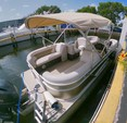22 ft. Godfrey Marine Sweetwater 2286 Pontoon Boat Rental Miami Image 5
