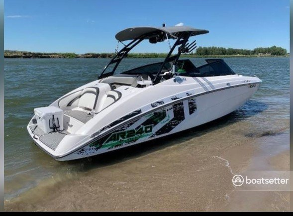 Rent a Yamaha bow rider in Conroe, TX near me