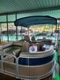 22 ft. Berkshire Pontoons B222FCR Tritoon Pontoon Boat Rental Austin Image 3