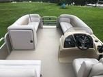 23 ft. GODFREY MARINE SWEETWATER 2286 Pontoon Boat Rental Fort Myers Image 15