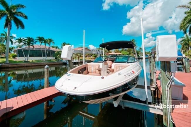Rent a SEA RAY BOATS deck boat in Cape Coral, FL near me