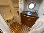 39 ft. Sea Ray Boats 390 Sundancer IB Cruiser Boat Rental New York Image 8