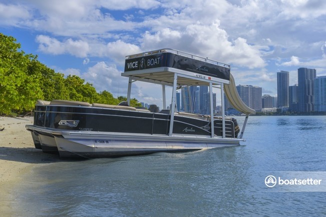 Rent a Avalon Pontoons pontoon in Key Biscayne, FL near me