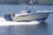 26 ft. Century Boats 2600 CC w/2-Z200 Yamaha Center Console Boat Rental Miami Image 5