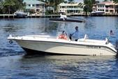 26 ft. Century Boats 2600 CC w/2-Z200 Yamaha Center Console Boat Rental Miami Image 4