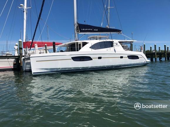 Rent a Leopard catamaran in Marathon, FL near me