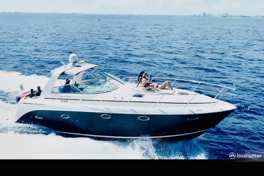 Rent a Rinker Boats cruiser in Dania Beach, FL near me