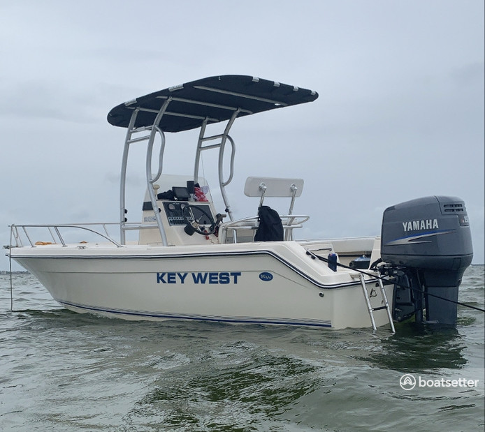 Rent a Key West Boats center console in Tampa, FL near me