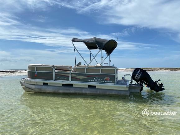 Rent a SUN TRACKER pontoon in Clearwater, FL near me