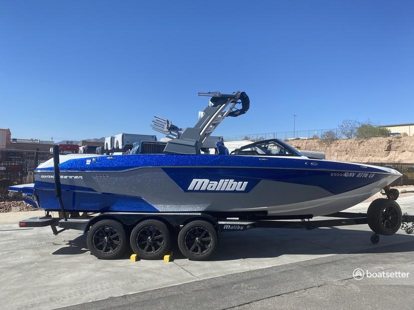 Rent a Malibu Boats deck boat in Boulder City, NV near me