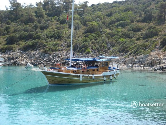 Rent a Custom houseboat in Bodrum, Muğla near me